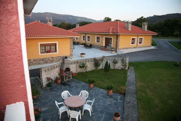 Casa car n cadavedo asturias con 7 apartamentos y 1 casa - Apartamentos casa carin ...